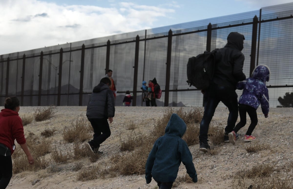 Poll: 72% of Americans Call Illegal Immigration 'Direct Threat' To U.S.
